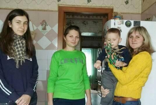 Кіровоградська «Яворина» на Святого Миколая відвідала сім'ї загиблих героїв