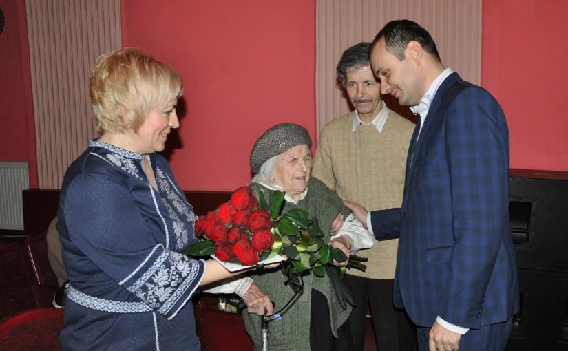 «Яворина» організувала зустріч зі зв'язковою Шухевича Ольгою Ільків в Івано-Франківську