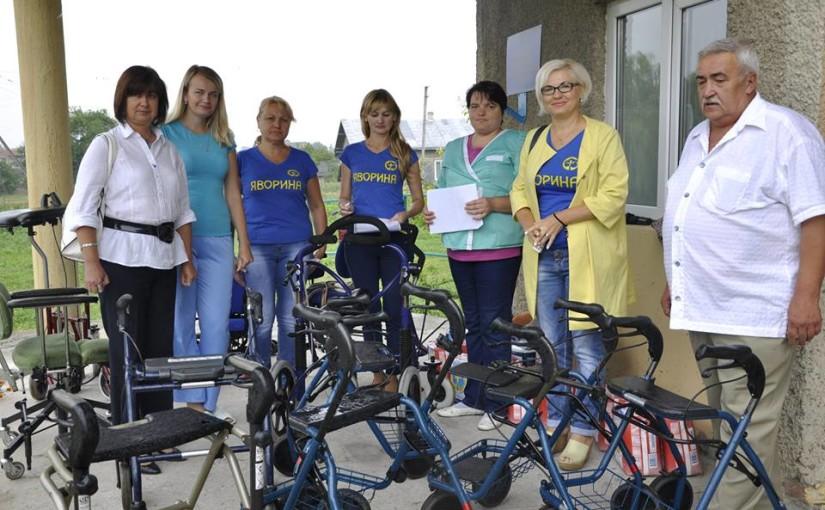 Яворинки привезли гуманітарну допомогу для Золочівського центру реабілітації дітей-інвалідів