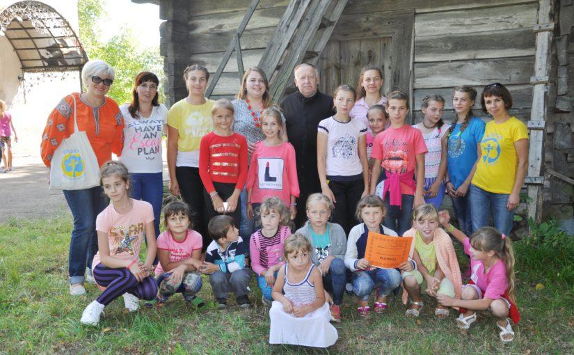 У Нем'ячі за підтримки «Яворини» відбувся християнський табір «Усмішка Ісуса»